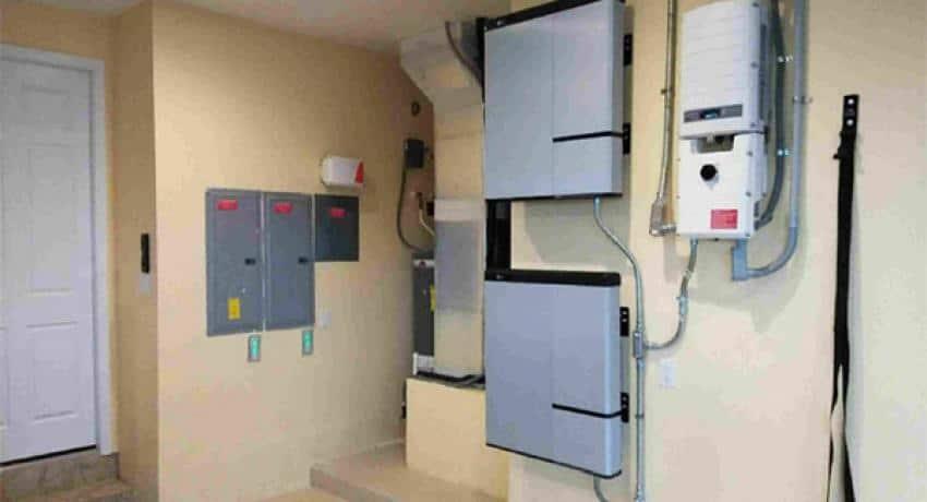 solar battery backup system