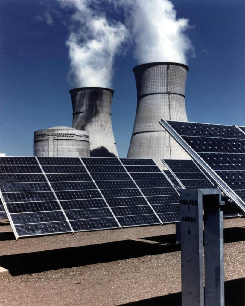 Photo of sustainable energy and fossil fuel